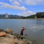 fisherman-sungai-batu